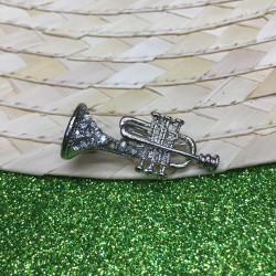 Kristal Taşlı Trompet Broş